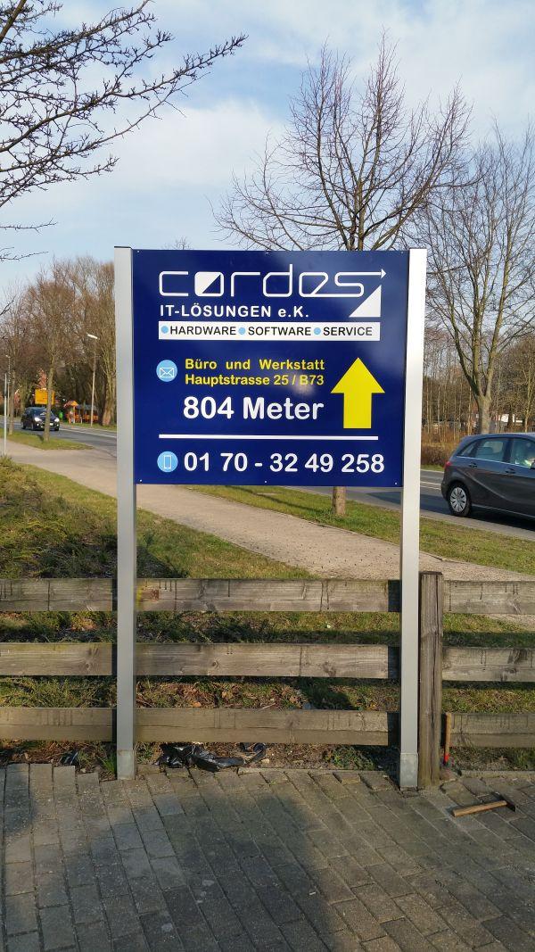 Cordes Firmenschild auf Aluverbund