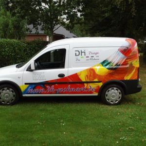 Fahrzeugfolierung im Digitaldruck mit Realistischem Foto