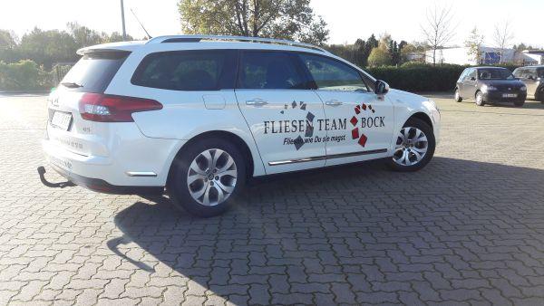 Fliesen Team Bock Harsefeld Auto beschriftung mehrfarbig folieren