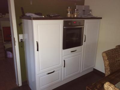 Möbelstück nach der Folierung