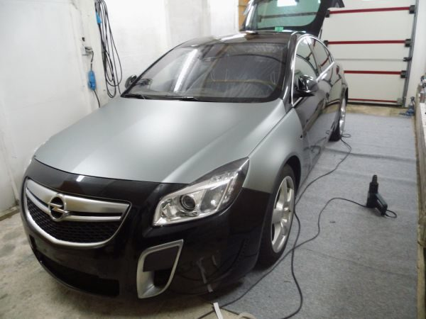 Opel Insignia Vollfolierung in progress